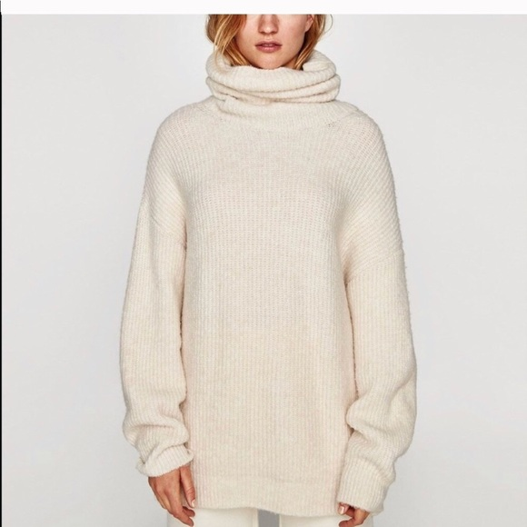 Beige Oversized Trui.Zara Sweaters Cream Oversized Roll Neck Sweater Poshmark